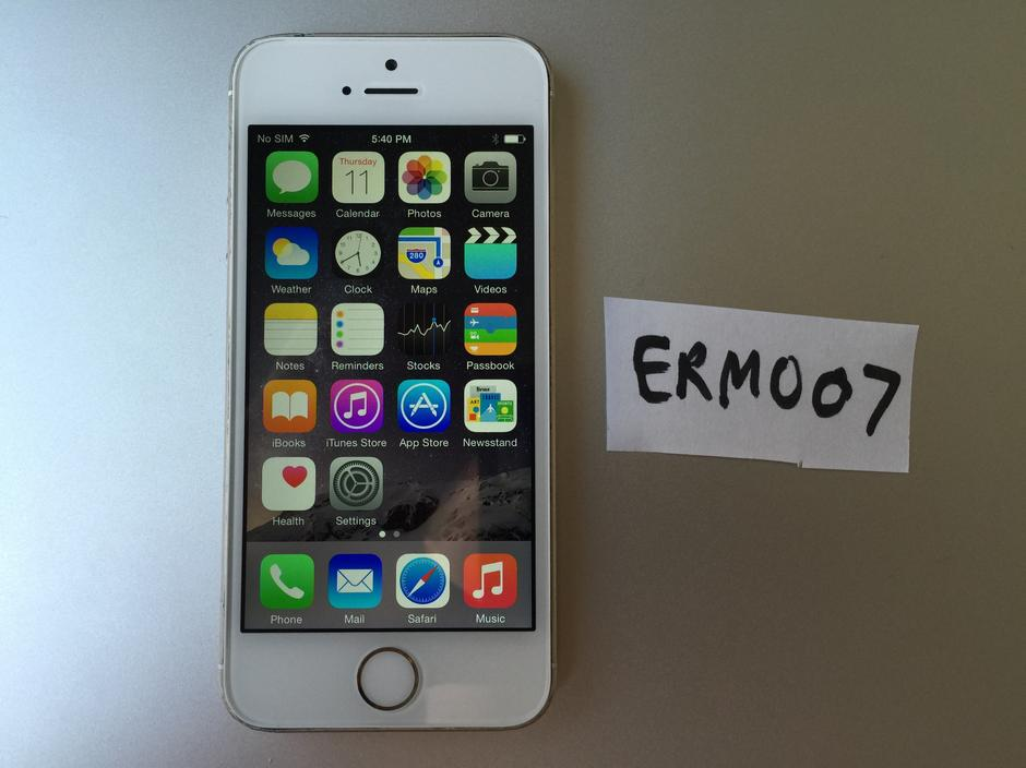 iphone unlocked for sale erm007 apple iphone 5s unlocked for 255 swappa 2839