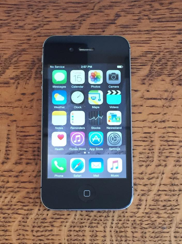 iphone 4 unlocked for sale ikn618 apple iphone 4s unlocked for 109 swappa 2833