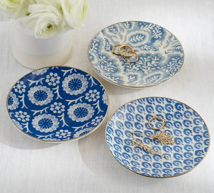 Medallion trinket trays