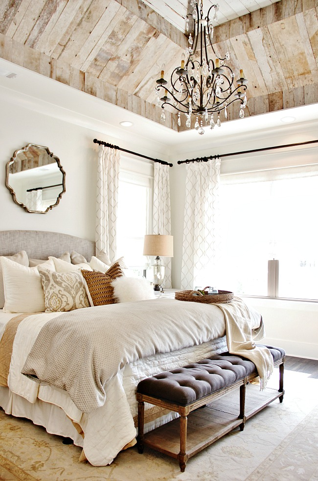 How to Decorate Above A Bed - Round Shaped Item