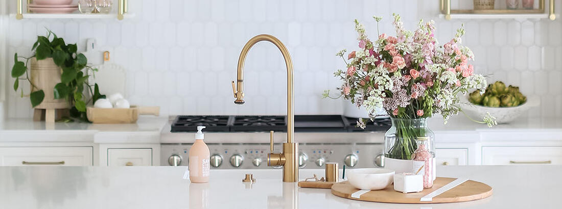 10 Items to Style Your Kitchen Island With