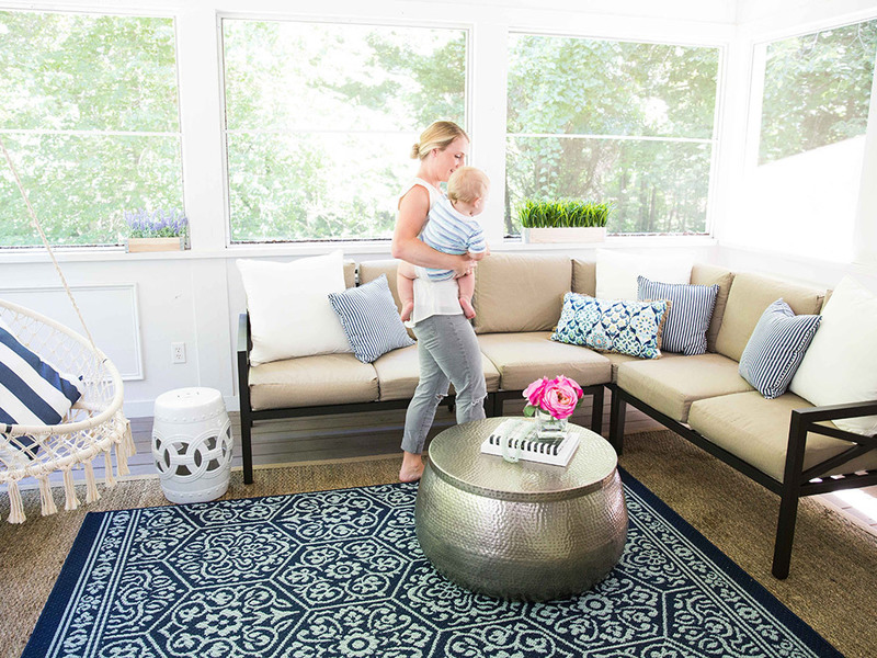 SwatchPop! Co-Founder Gets Summer Porch Makeover
