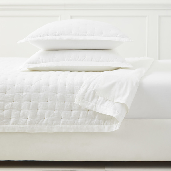 Quilt sutter white mv crop base