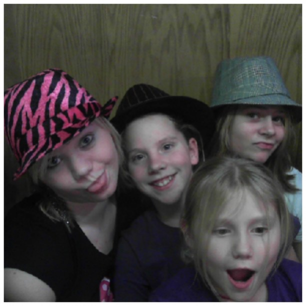 brittany and tiffany and cassy and kaitlytn ABNEY\