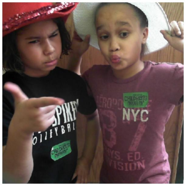 deysiah and anyiah