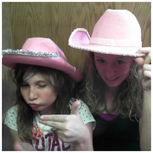 cowgirl em and tay