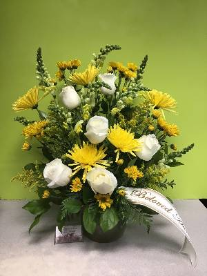 A 4 Star Customer Reviewed Flower Arrangement Designed by Expressions In Bloom in Corvallis, OR