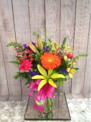 A 4 Star Customer Reviewed Flower Arrangement Designed by House of Blooms in Sugar Land, TX