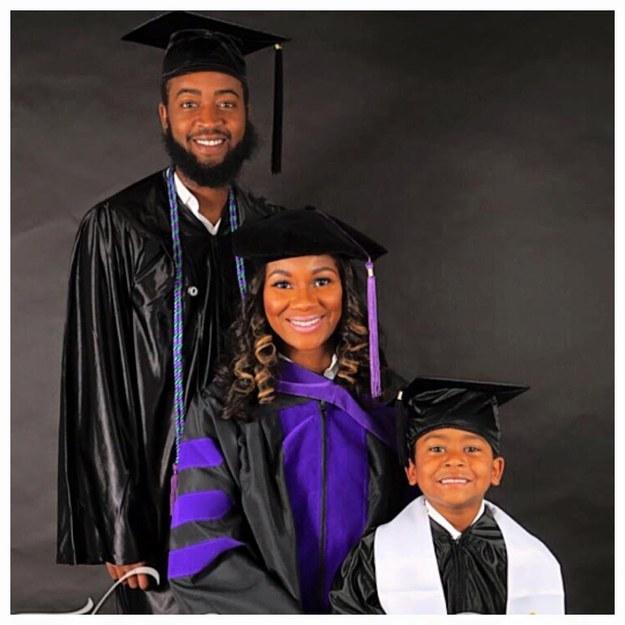 graduation-gowns