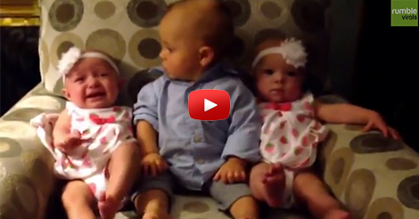 Adorably-confused-baby-meets-twins