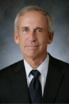 Picture of orthopaedic surgeon Donald W. Roberts, M.D.