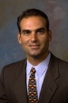 Picture of orthopaedic surgeon Miguel A. Hernandez III., M.D.