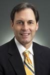 Picture of orthopaedic surgeon William A. Pakan, M.D.