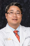 Picture of orthopaedic surgeon Victor Van Phan, D.O.