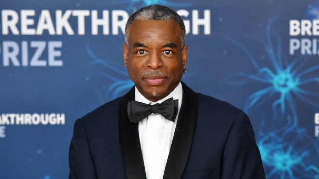 Take a look, he could get booked: Who is LeVar Burton for 'Jeopardy!' host