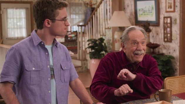 "'We will miss you, George': ""The Goldbergs"" marks George Segal's final appearance with touching tribute to Pops"