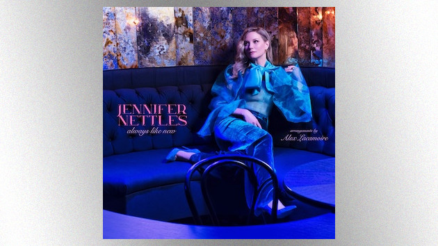 Jennifer Nettles revisits beloved American Songbook classics with new album, 'Always Like New'