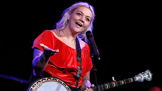 Despite her FOMO, pregnant Elle King is ready to kick off the ACM Awards Sunday night