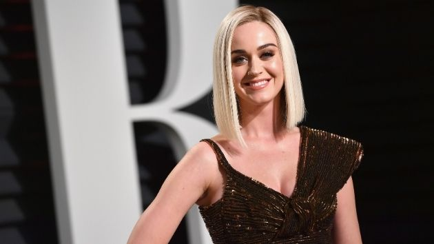"Katy Perry calls social media ""trash"" and ""the decline of human civilization"""