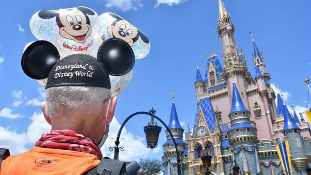Man with diabetes becomes first person to run from Disneyland to Disney World