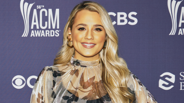 "Gabby Barrett reveals Carrie Underwood is one of ""The Good Ones"" who's helped her out as a new mom"