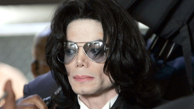 Judge dismisses Wade Robson's lawsuit against Michael Jackson's estate for a 3rd time
