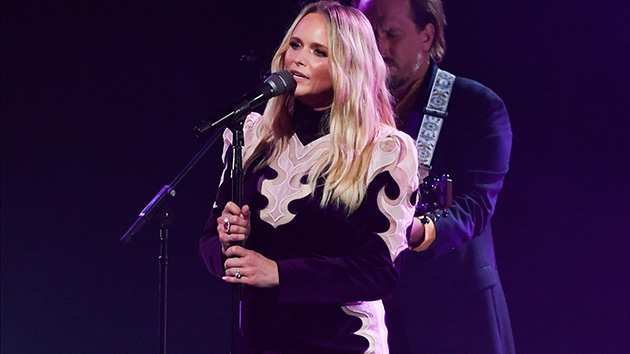 "Miranda Lambert breaks down crying at first live concert: ""I missed y'all so much"""