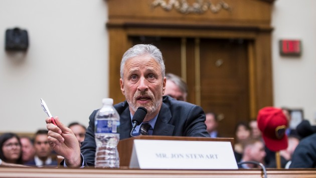 Jon Stewart joins lawmakers to push benefits for vets exposed to toxins