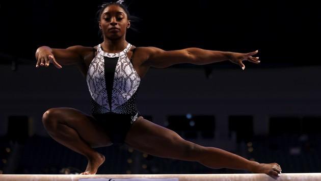 Simone Biles makes history with seventh US gymnastics title