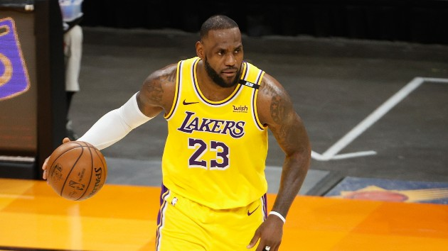 Report: LeBron James to go from No. 23 to No. 6 next season