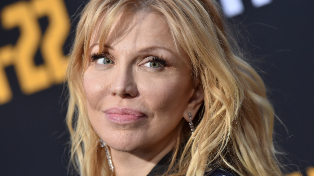 """Courtney Love apologizes for """"insensitive"""" post after reported criticism of Dave Grohl & Trent Reznor"""