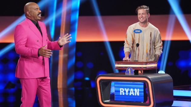 Watch Ryan Tedder answer a question on 'Celebrity Family Feud'