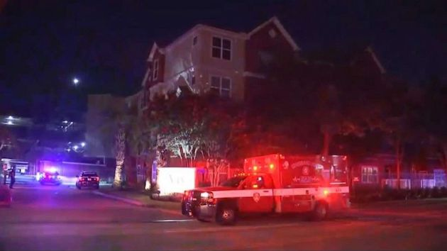 Cop's wife and 4-year-old step-daughter injured in overnight home invasion, shooting after confrontation