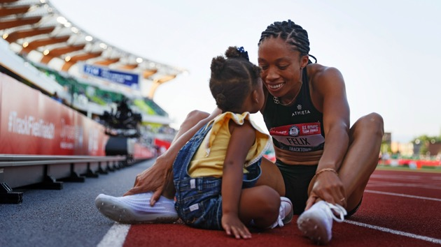 Allyson Felix qualifies for fifth Olympics, celebrates with her 2-year-old daughter on the track