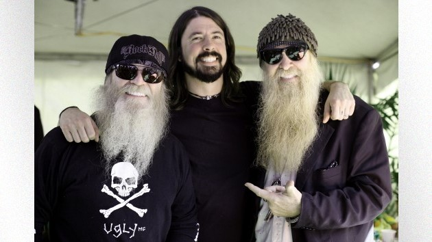 Foo Fighters pay tribute to late ZZ Top bassist Dusty Hill at Cincinnati show