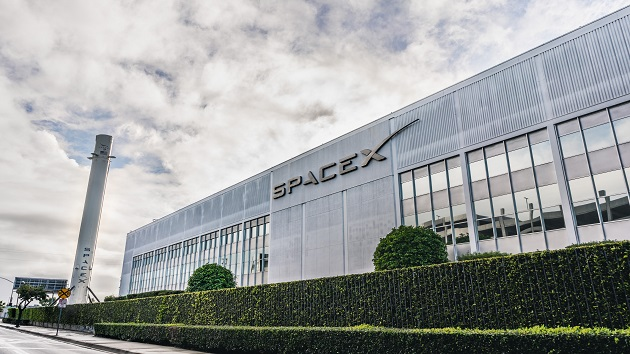 SpaceX to send 1st all-civilian crew into orbit for 3 days