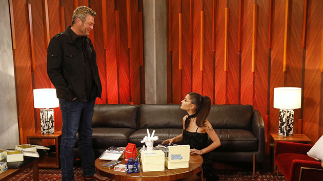 Blake Shelton texted Ariana Grande about a rumor that he's being replaced on 'The Voice'