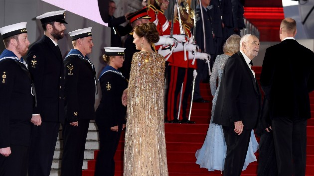 'No Time To Die' gets royal reception at Royal Albert Hall premiere