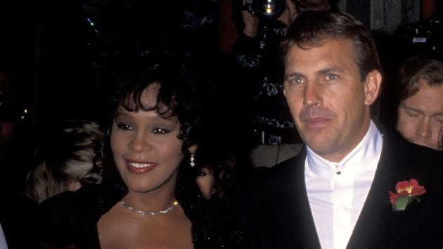 """'The Bodyguard' remake will feature a """"young Latina"""""""