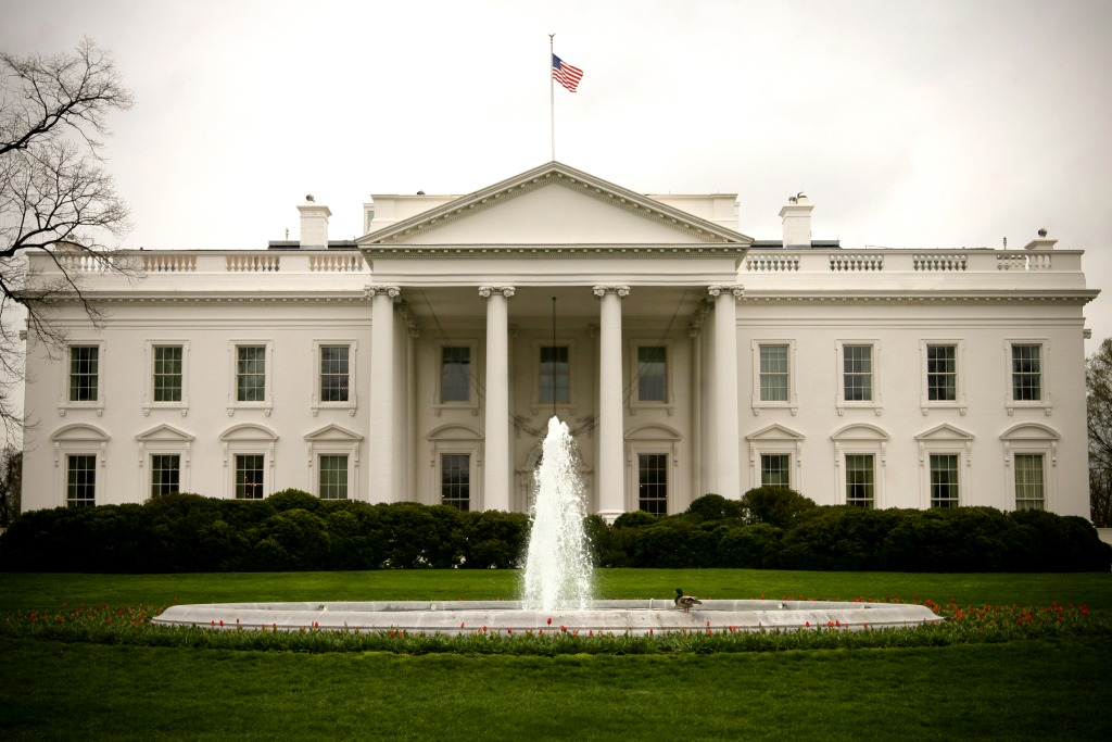 White House promises more rapid COVID-19 tests amid supply shortage
