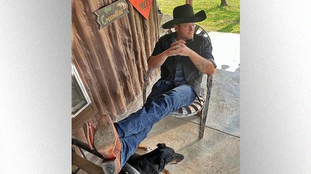 Blake Shelton drops new country music anthem,