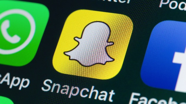 Snapchat goes to Washington: New feature helps young people run for office