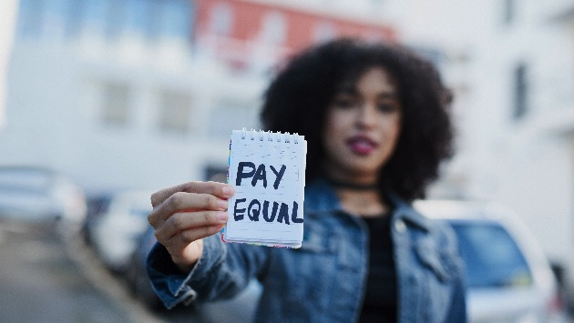 Latina Equal Pay Day: Meet organizations fighting to close the income gap