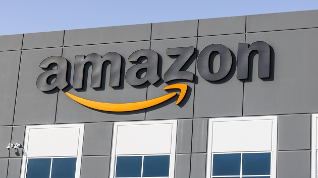 Amazon's warehouse workers in Staten Island file petition for union election