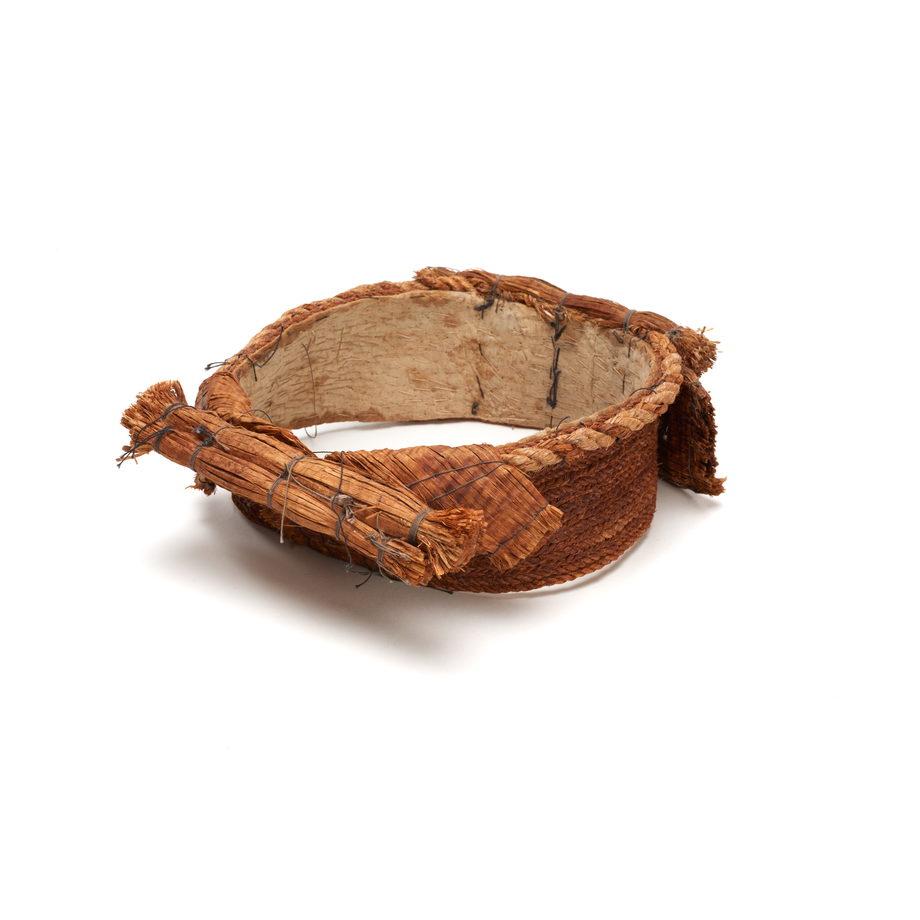 Tłagakwame' or cedar bark headpiece, comprising rows of cedar bark sewn to an inner cotton band, woven cedar bark cords around top