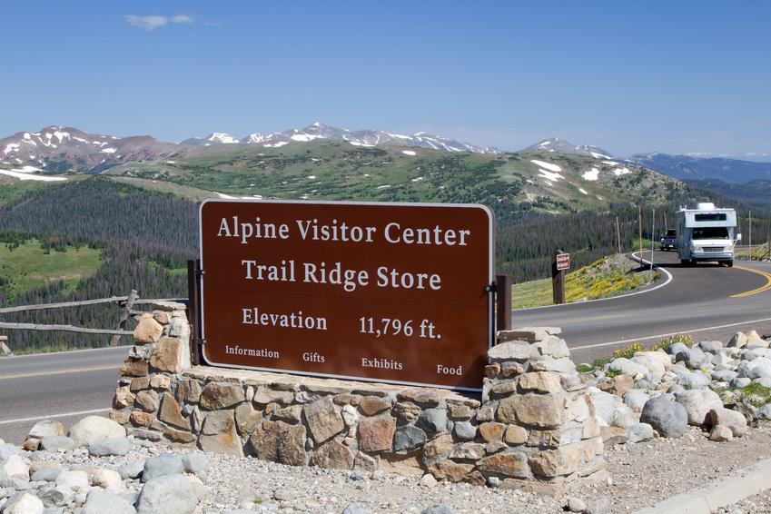 Alpine_Visitor_Center_RMNP