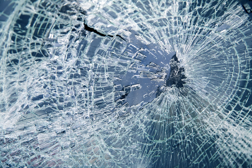Glass windshield repair