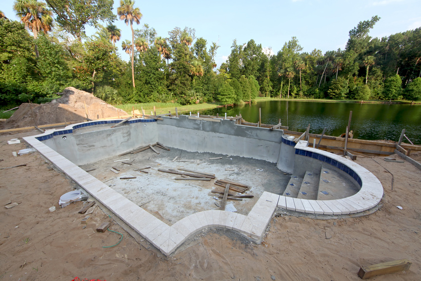 Swimming pool construction miami