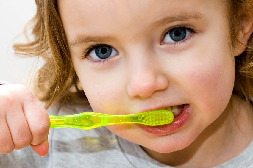 Does fluoride prevent tooth decay