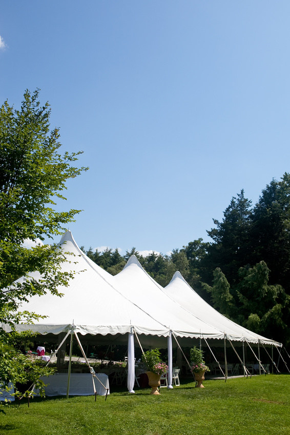 Tent rentals in massachusetts